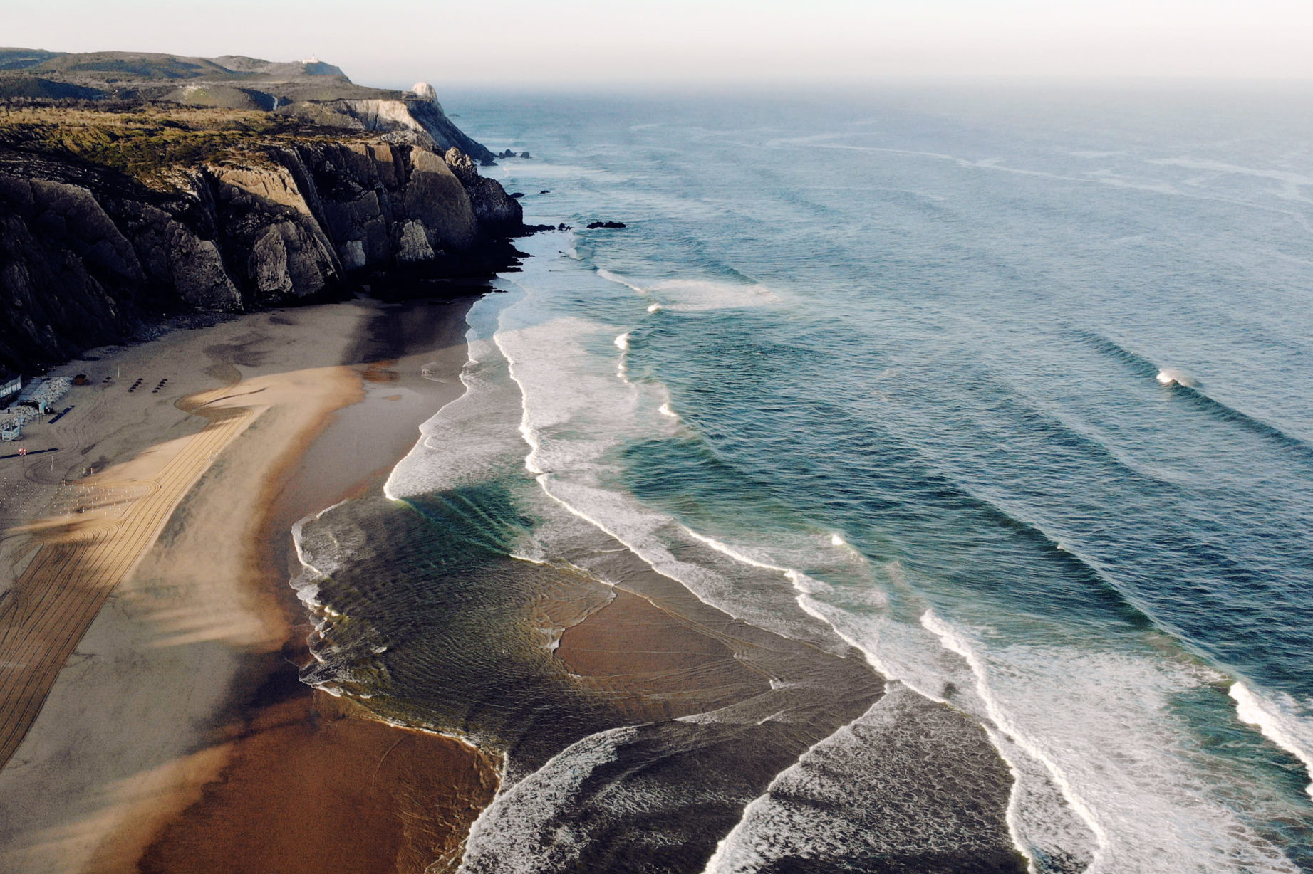 Relaxed surf camp in Portugal for adults